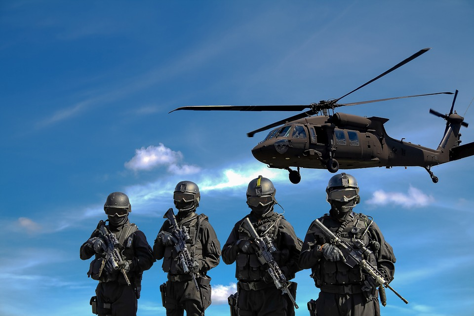 Actionbild-Militaer