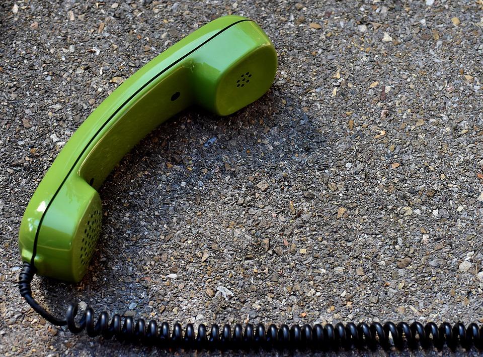 Actionbild-Telefonhoerer