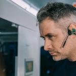 Headset-mit-Knochenschallhoerer-mit-Otoplastik-Phonak